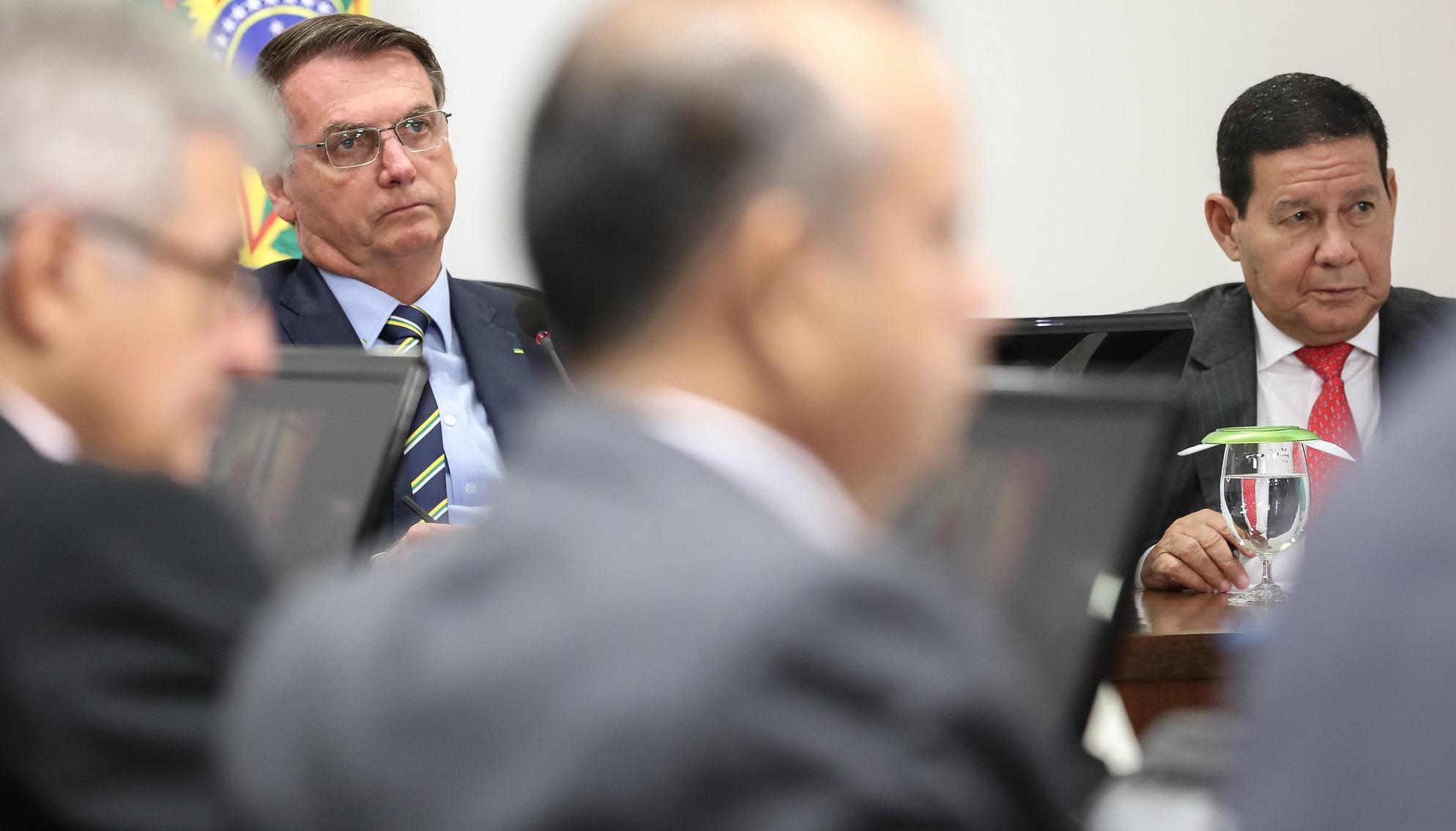 (Brasília - DF, 24/03/2020) Presidente Jair bolsonaro e ministros durante  Videoconferência com Governadores do Sul.Foto: Marcos Corrêa/PR