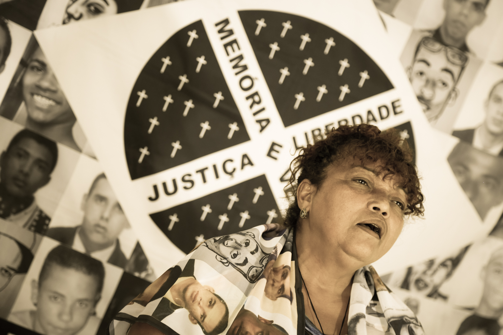 Dona Débora, leader of the Mothers of May Movement, in an interview with Conectas on the Crimes of May. (Photo: João Paulo Brito/Conectas)