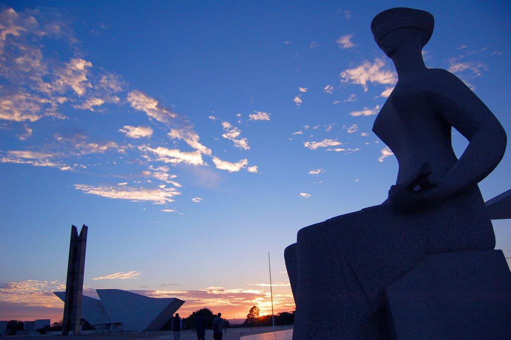Crédito: Ana Volpe/JS Data: 19/11/2008 Local: Brasília-DF  Praça dos Três Poderes.