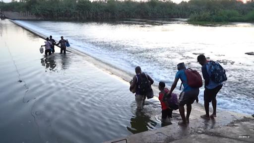 Migrantes haitianos tentam entrar nos EUA após crises naturais e políticas no Haiti - Foto: Reprodução/TV Folha